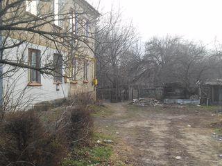 Продам гараж 18 кв.м.в Чадыр-Лунге, ул.Димитрова/К.Маркса
