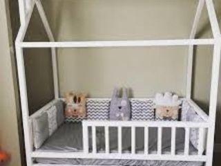 Кроват домик