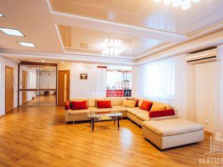 Super apartament cu 3 camere.-Hypermarket Nr.1,