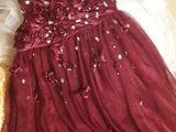 Продам платья на девочку 7 - 10лет   , в зависимости от комплектации .