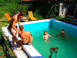 Se vinde - vilă în trei Nivele   Rîșcova     30 km.  intre păduri - Peresecena - Ivancea ,loturi