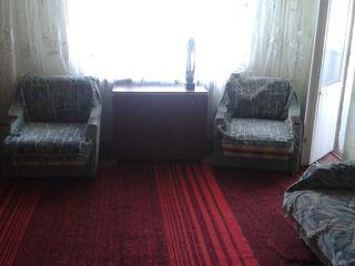 Dau in chirie apartament cu 2 odai pe termen lung în cartierul Soroca Nouă