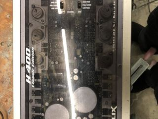 Усилитель Helix . H 400   4. 80 w.   в отличном состоянии