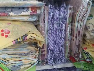 Lenjerie de pat pentru copii si seturi 1,5 pers din polister