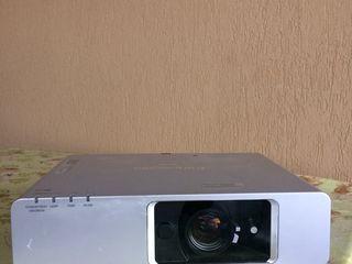видеопроектор panasonic