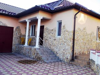 Casa in Durlesti cu curte separata, loc pentru parcare --210 euro