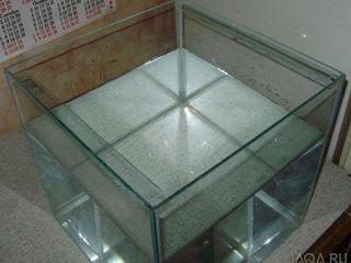 Продам аквариум компактный куб.50-50-50 .обьём-120л.-700лей.Аквар.-70-40-30.обьём70л-500лей.