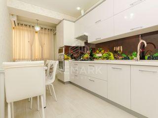 Chirie  Apartament cu 1 odaie, Centru,  str. Albișoara, 300 €
