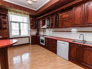 Se vinde apartament cu 4 odăi, Ciocana, Nicolae Sulac, 80000 €