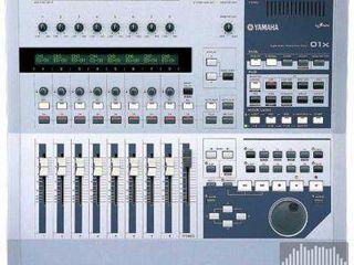 Yamaha 01X студийная цифровая консоль