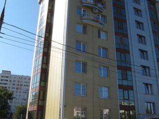 125 м2 под бизнес, в новом доме, с двумя выходами на главную дорогу