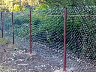 Montarea gardurilor din setcă