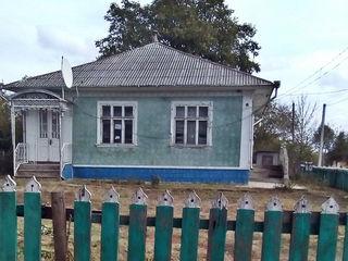 Vind casa in s.Tirnova r.Donduseni.