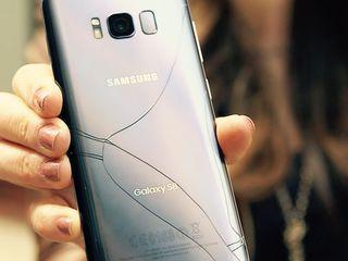 Профессиональная замена стекла Samsung Galaxy S8 / S8+