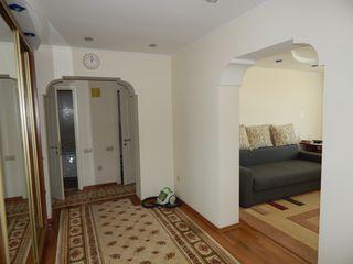 Vand apartament cu 3 camere, seria 143, complet mobilat!!!