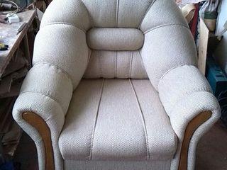 Prestăm servicii de restaurare a mobilierului învechit. Реставрация и ремонт устаревшей мебели!