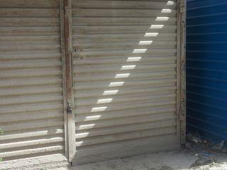 Продаеться гараж , напротив дома 3 и 1, Аурел Влайку  ,сразу за рынком Северный Вокзал ,