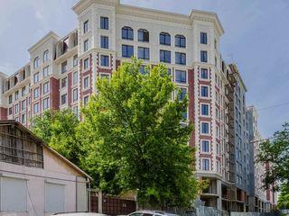 Centru, vânzare, apartament cu 3 odăi, inamstro, 81 m.p, urgent!