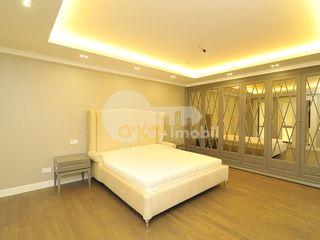 Apartament de lux, 3 camere, bloc nou, Centru, 2100 € !