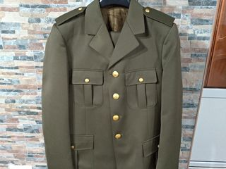Costum pentru soldati, nou, italian