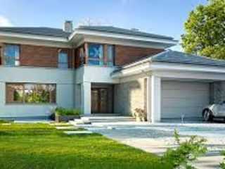 Дом в белом варианте и сером варианте