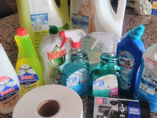 """Publicitate săpun lichid""""sanitec""""5l-100lei,  soluții p/u bucătărie, baie,viceu, podea, geam italia."""