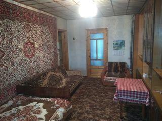 СРОЧНО!!! Очень хорошая 3-х комнатная квартира в самом центре, в Единцах, 26500 евро.