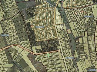 Se vinde 3 terenuri agricole în satul Peresecina, r-nul. Orhei, extravilan a cîte 11000 Euro fiecare