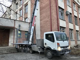 Servicii de Lift exterior pina la 27 m, etajul 9.