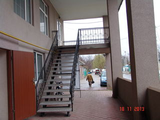 Продам капитальный дом и офисное здание на одном участке Площадь дома 400м/кв и офиса 380м/кв