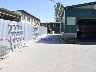 Продается база 710м2 под производство на 15 сот приват. земли по ул. Варница!Первая линия!