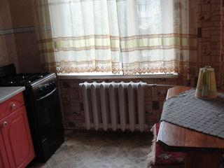 Сдам 2-х комнатную квартиру в р-не Валя Морилор