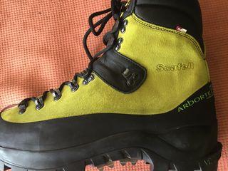 новая спец обувь для профессионалов /лесорубы /металорубы/ звоните