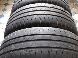 Комплекты летних шин Michelin 205-55-R16, Firestone 185-60-R14, никаких дефектов