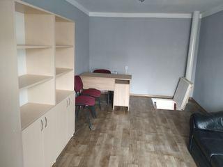 Spre vânzare garaj cu subsol+ cameră amenajată cu mobilă, lângă complexul Ioana Radu