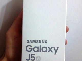 Samsung Galaxy J5 2016 nou,новый