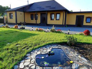 Sângera, str. Revaca, se vinde casă, teren de 14 ari, suprafața de 100 m.p, 115 000€