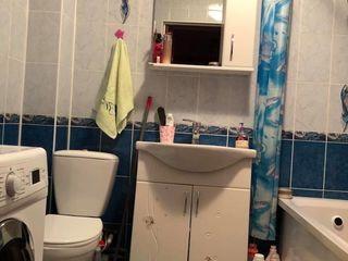 Vand apartament in orasul Floresti