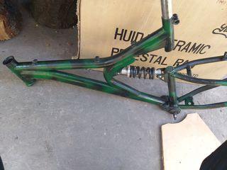 Рама горного велосипеда и амортизатор