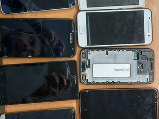 Cumpar telefoane  si multe altele!!!