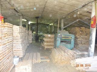 250 м2 производ.-складского помещения и 150 м2 офиса, 380V, 12 соток!