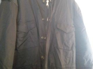 Продам куртку  м - 65