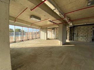 Продаем коммерческие помещения 107м2,178м2 в бизнес центре на Штефан чел Маре!