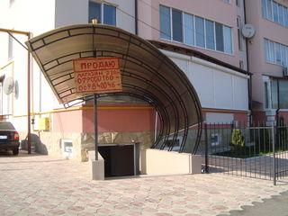 Аренда или Продам .220 кв.м. Срочно. , евро-ремонт , Центр , Хынчешть