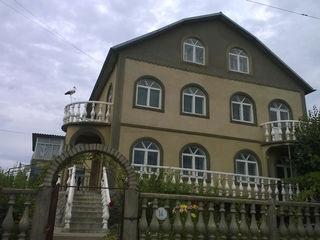 Двухэтажный дом в г. Дубоссары евроремонт мебелирован