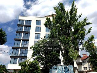 Vânzare- penthouse cu 4 camere și terasă! Râșcani!