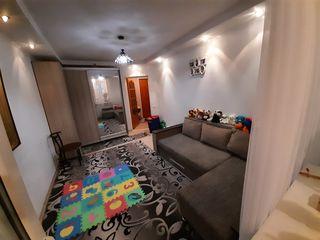 Отличная квартира в центре Рышкановки