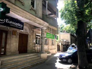 Chirie spațiu comercial / oficii Centru str. M. Eminescu 130 mp 1400 €