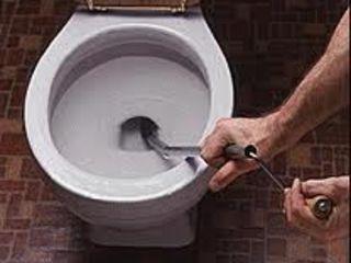 Чистка пробивка канализации. Недорого.  Пробивка унитазов. Desfundarea canalizarii. Все сантехработы