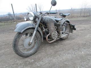 Урал K750 Ural M72